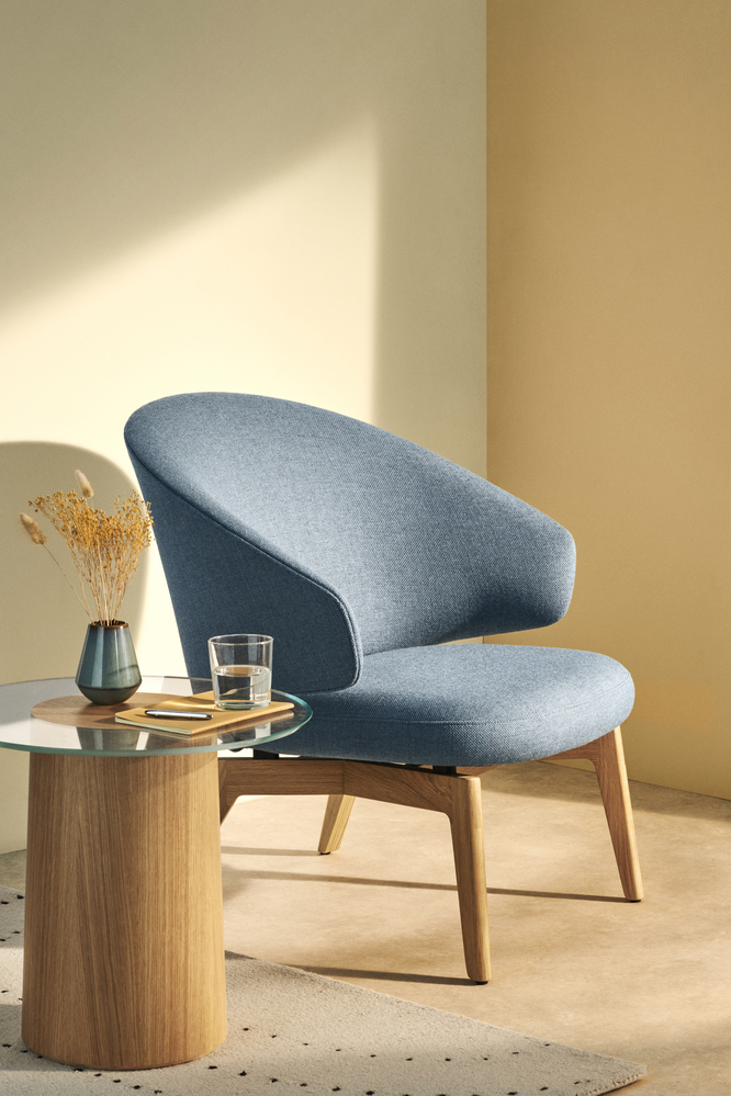 Biennale Interieur - Belgium's leading design and interior event - 16720_let-sh200-re-wool-0768_-lacquered-oak.jpg
