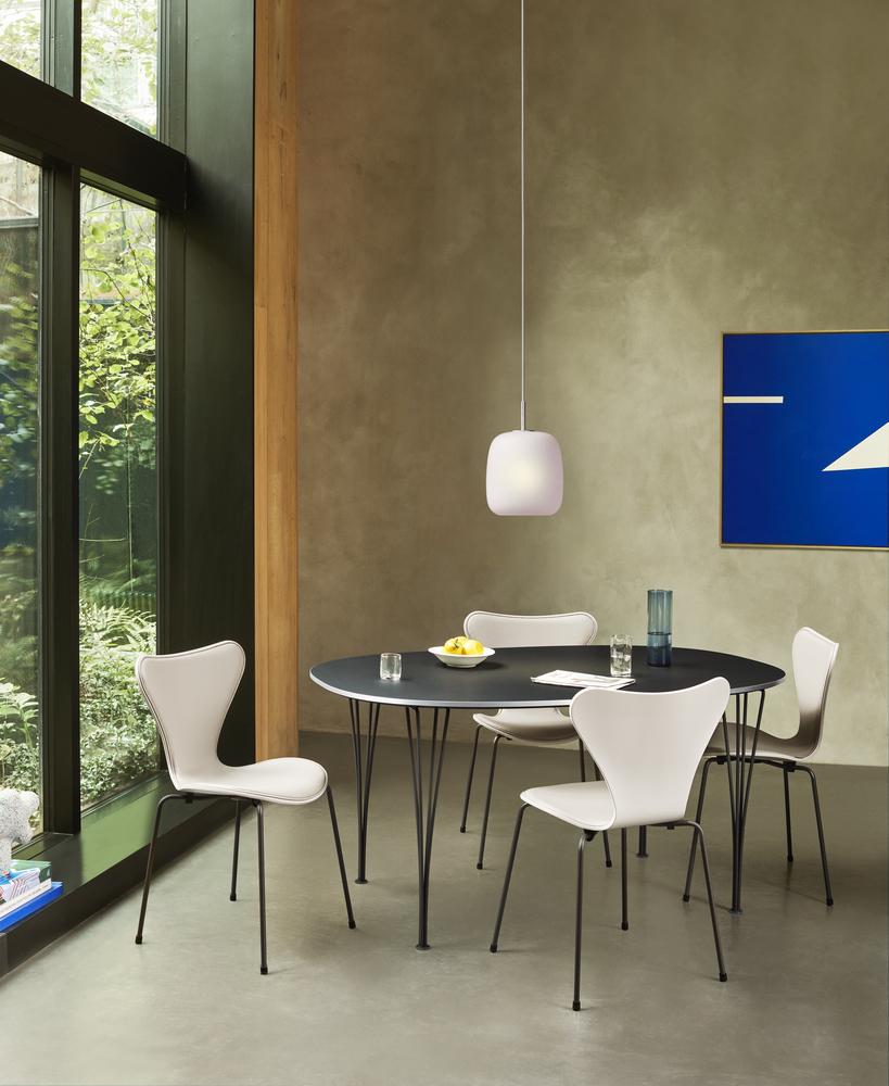 Biennale Interieur - Belgium's leading design and interior event - 17958_super-elliptical-table-series-b612.jpg
