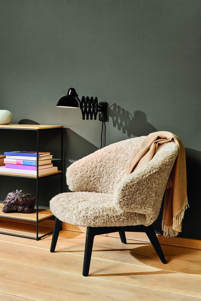 Biennale Interieur - Belgium's leading design and interior event - 18527_let-chair-sheep-skin.jpg