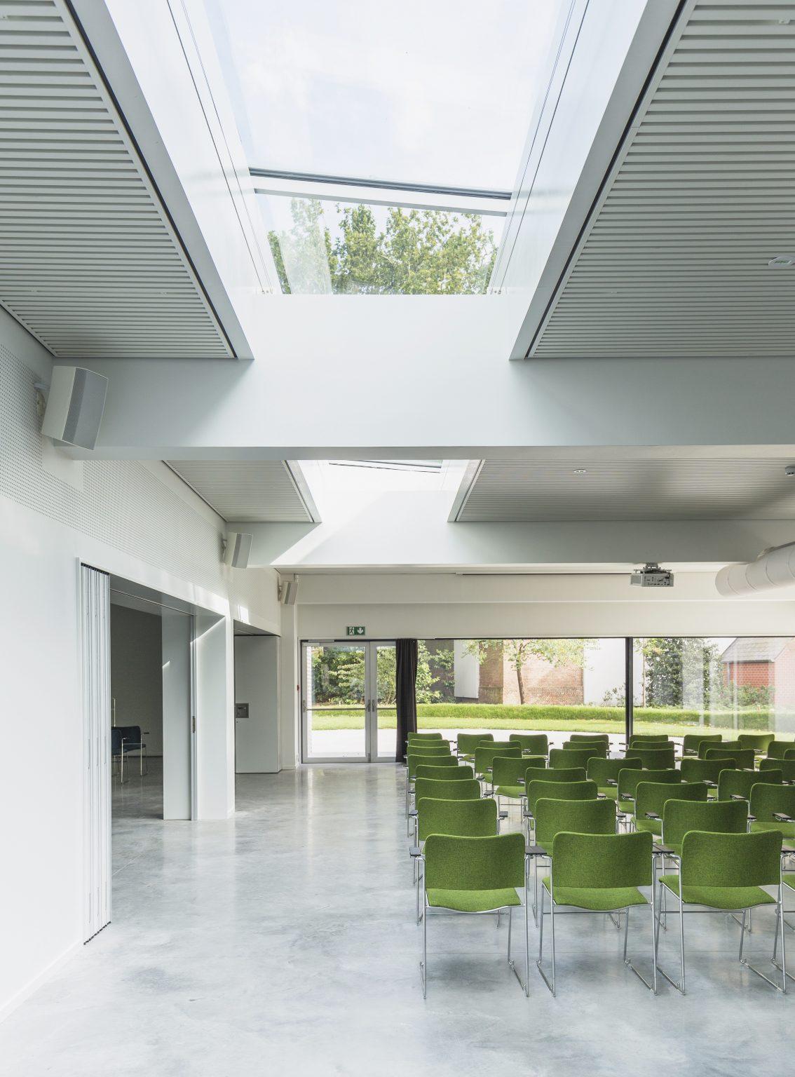 Biennale Interieur - Belgium's leading design and interior event - 40_4_kava_8_int.jpg