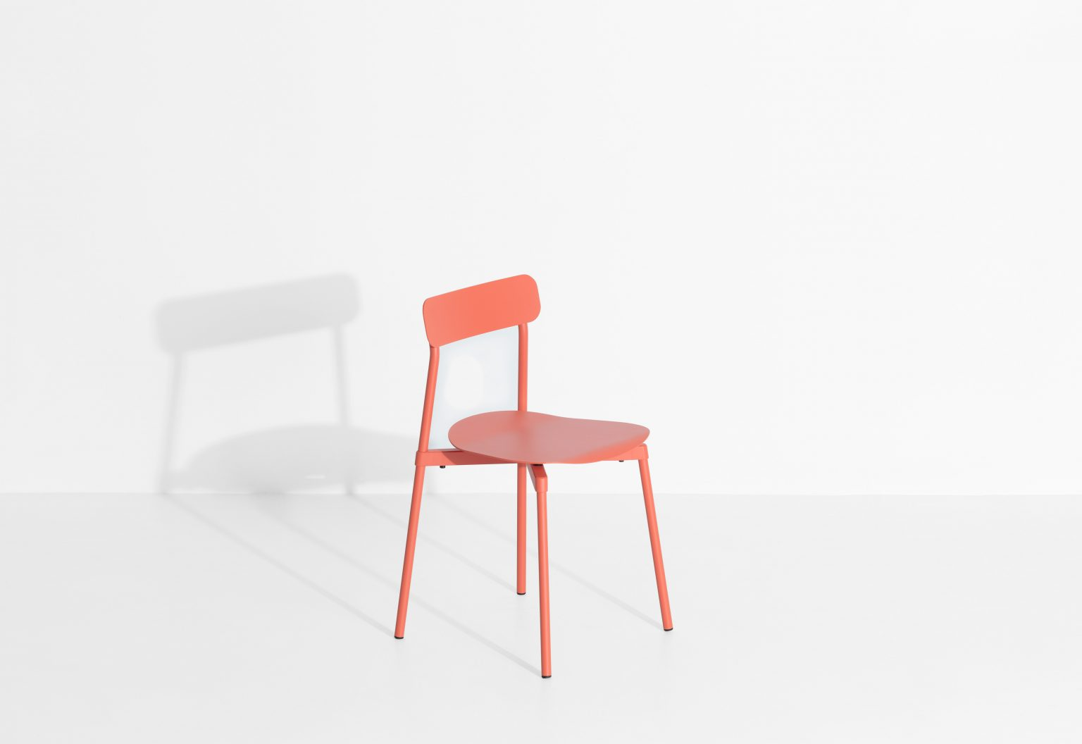 Biennale Interieur - Belgium's leading design and interior event - M0810105_fromme_chair_coral_©pf_packshot_hd-4.jpg