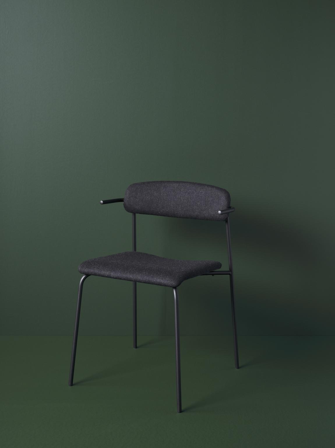 Biennale Interieur - Belgium's leading design and interior event - Peak-chair-fabric.png