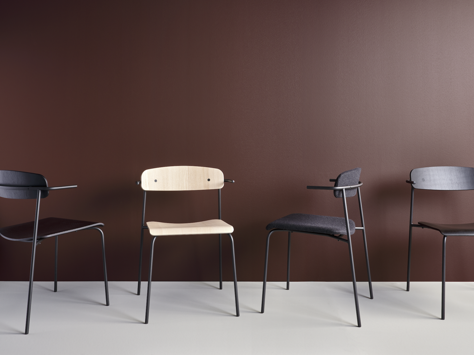 Biennale Interieur - Belgium's leading design and interior event - Peak-chair-collection.png
