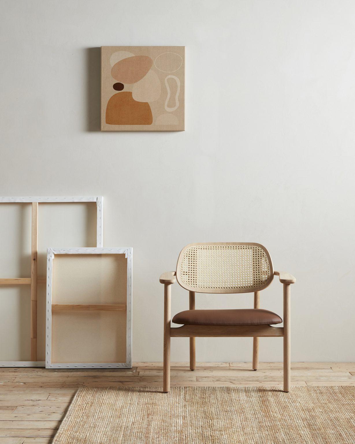 Biennale Interieur - Belgium's leading design and interior event - Vincentsheppard_titus_lounge_chair_portrait_300dpi_crop-3.jpg