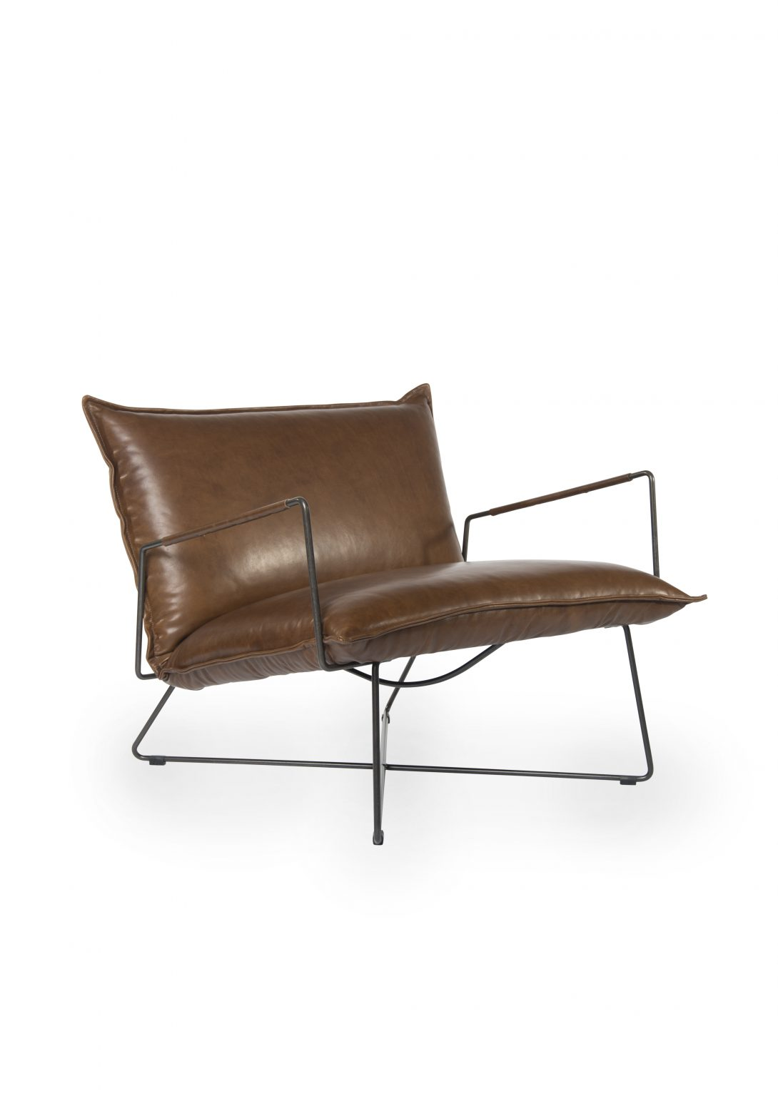 Biennale Interieur - Belgium's leading design and interior event - Earl-armchair-with-arm-old-glory-frame-luxor-fango-oblique-2.jpg
