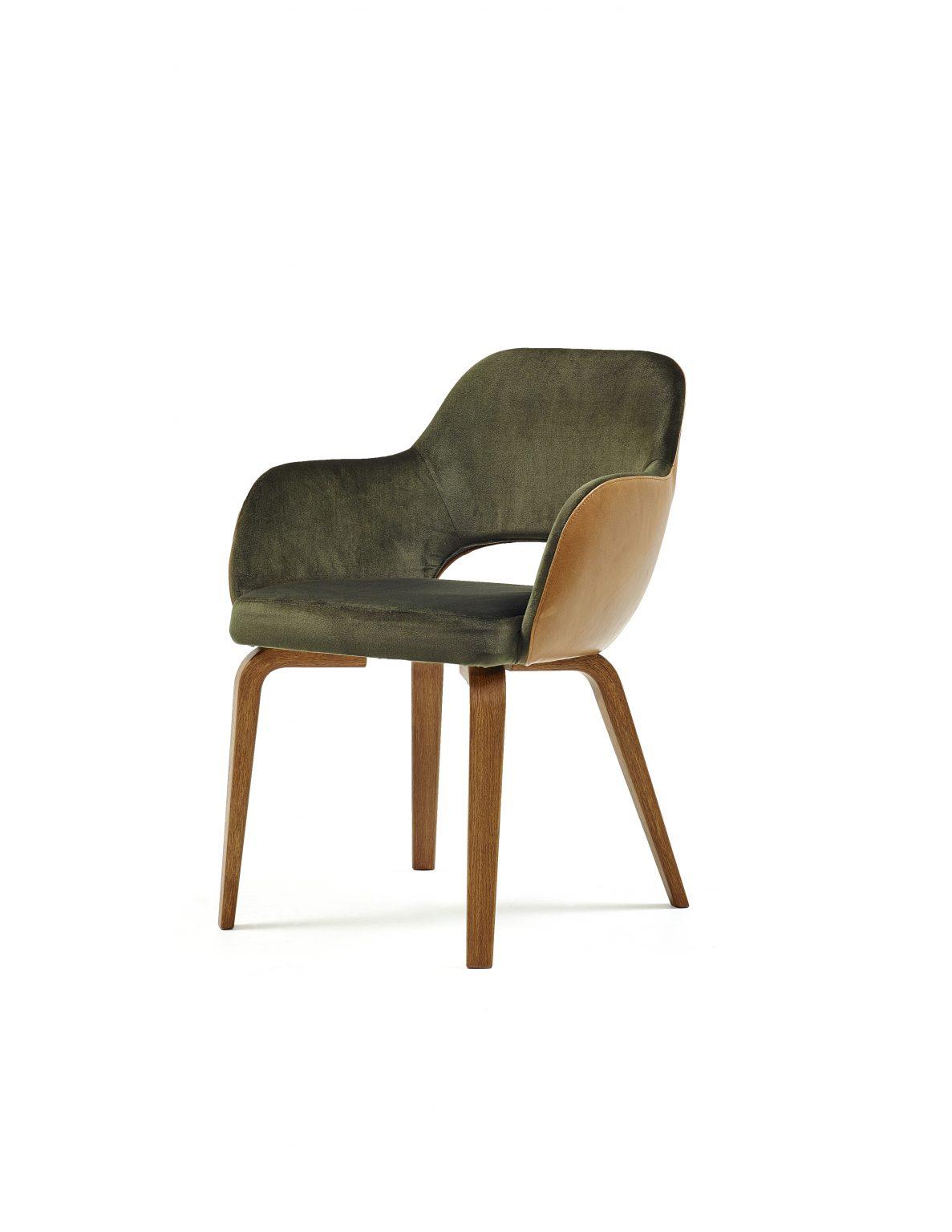 Biennale Interieur - Belgium's leading design and interior event - Messeyne-chair_leather-habano-fabric-green_feet-walnut_-5.jpg