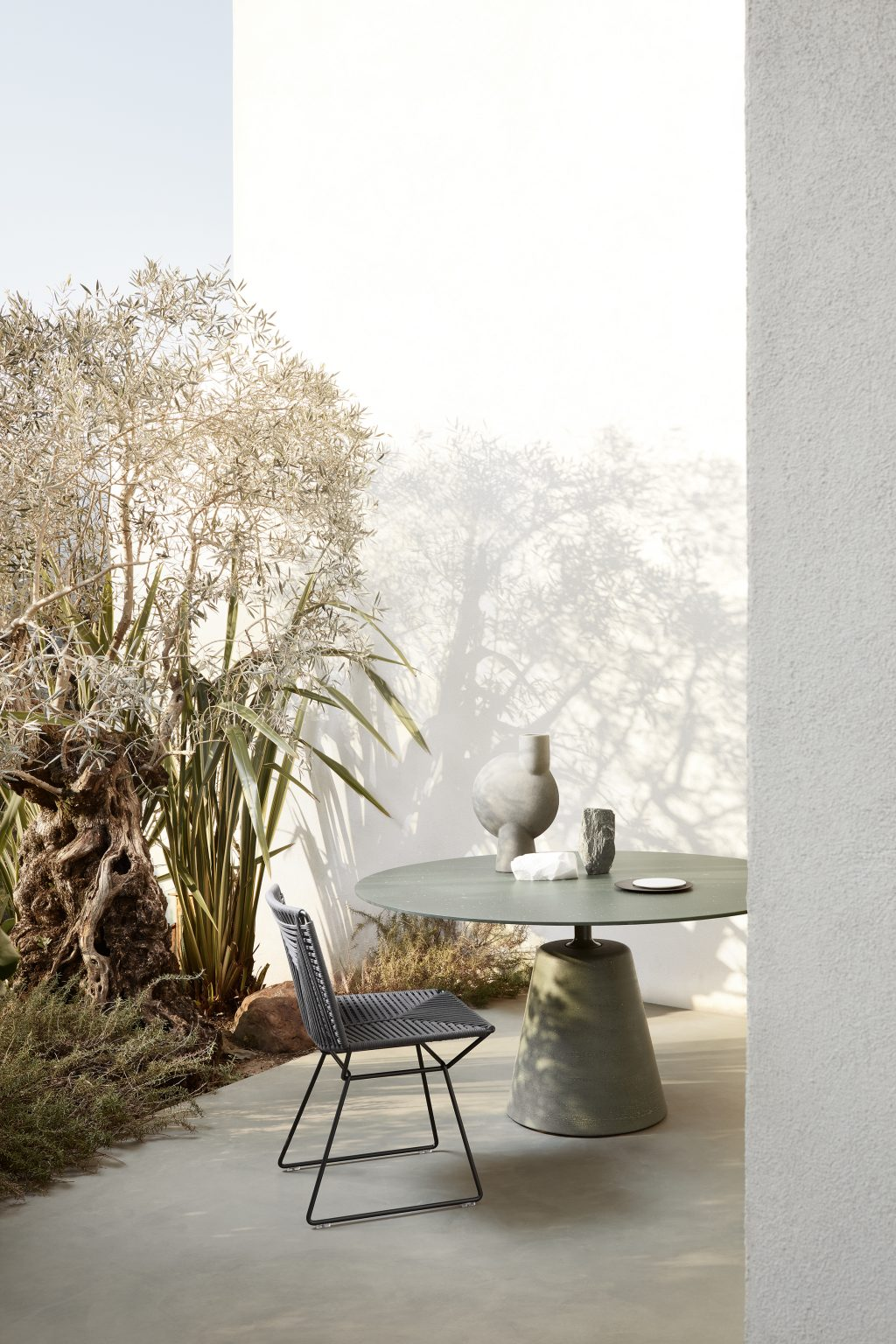 Biennale Interieur - Belgium's leading design and interior event - Neil-twist.jpg