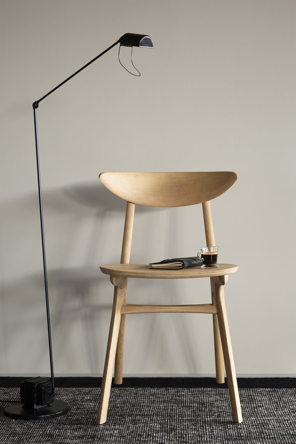 Biennale Interieur - Belgium's leading design and interior event - Oak_eye_dining_chair_3_web.jpg