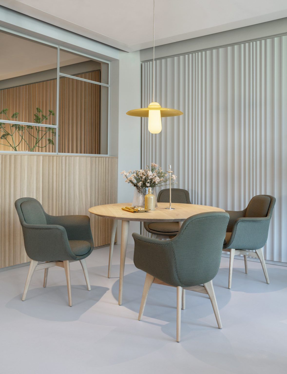 Biennale Interieur - Belgium's leading design and interior event - Revised-styling-rotterdam-showrrom-by-day-ph-peer-lindgreen-2.jpg