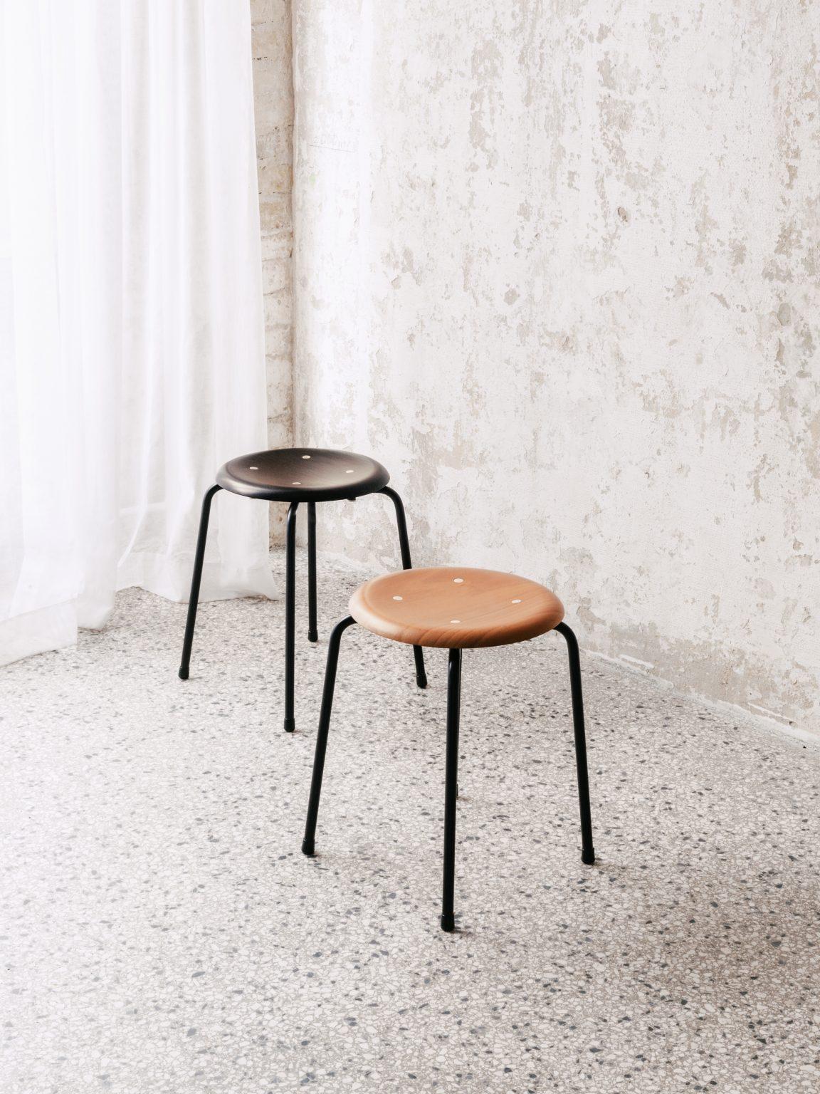 Biennale Interieur - Belgium's leading design and interior event - Wildespieth-s38s1-ensemble-black-beech.jpg